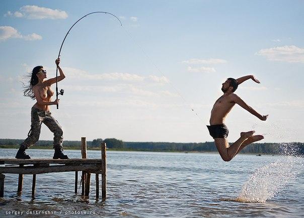 муж все время на рыбалке