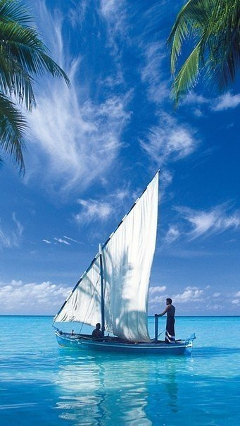 фотографии лодок с парусами