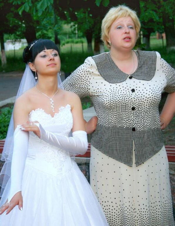 В каком платье на свадьбе должна быть мама жениха