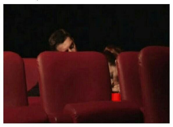 Порно с уборщицей кинотеатре