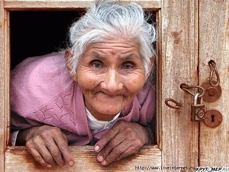 фото бабушки развращает
