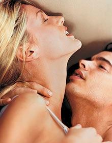 Как девушку склонить к оральному сексу но