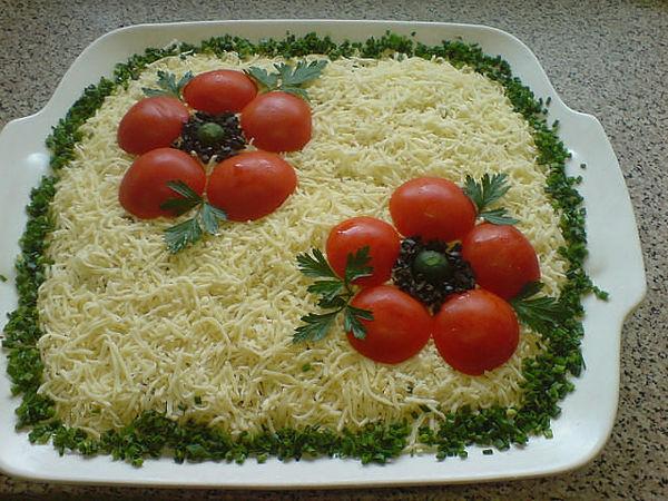 Как украсить салат на свадьбу фото