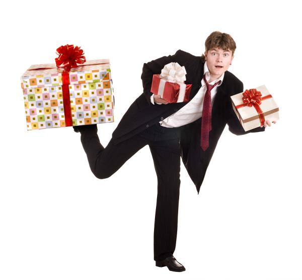 Прикольные картинки про подарки для женщин
